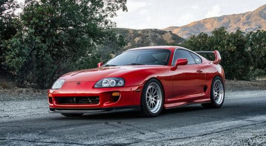 5 японских автомобилей 1990-х, которые изменили Ferrari