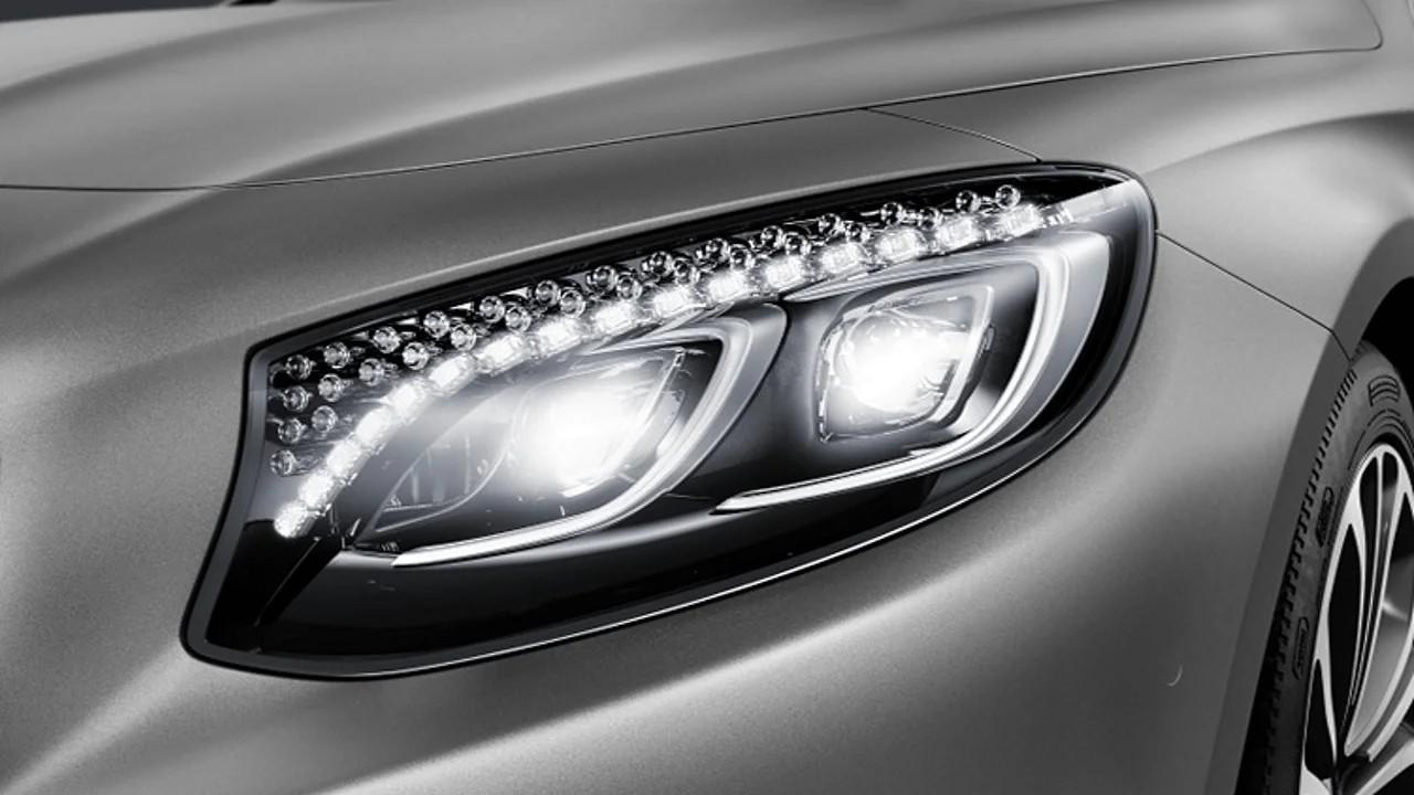 Фары Mercedes-Benz