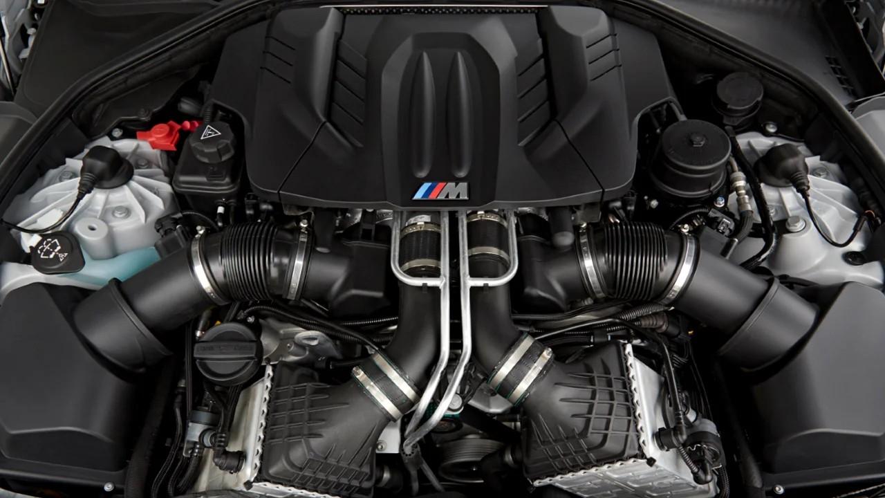 Двигатель BMW S63