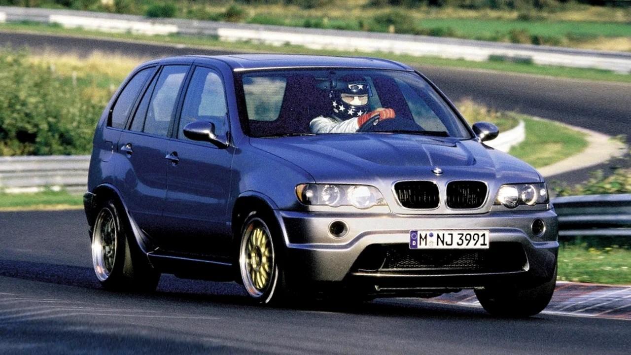 Необычный гоночный автомобиль BMW X5 LeMans