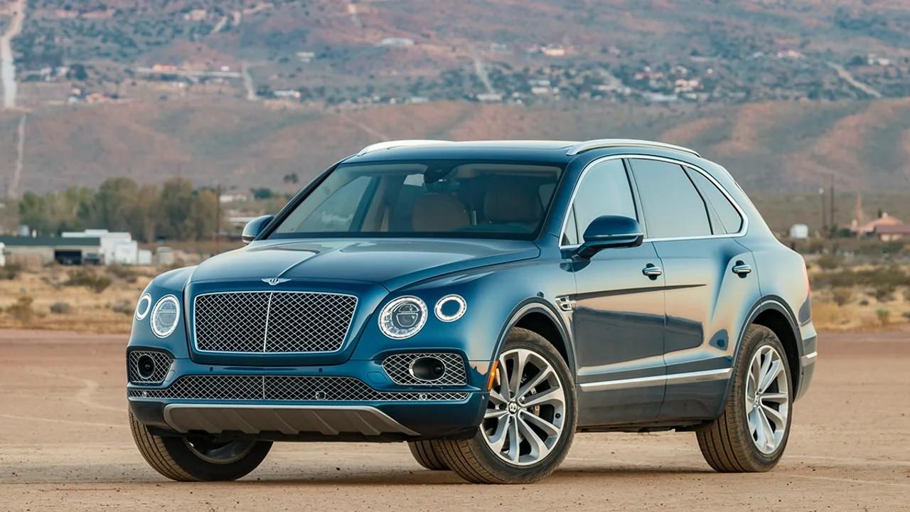 Мощный внедорожник Bentley Bentayga