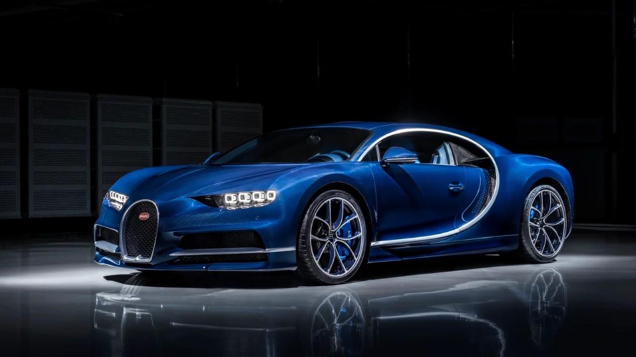 Необычные фары Bugatti Chiron
