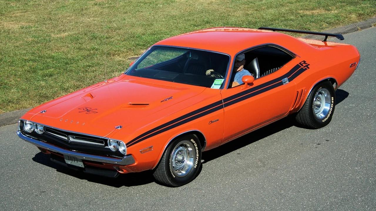 Классический Dodge Challenger