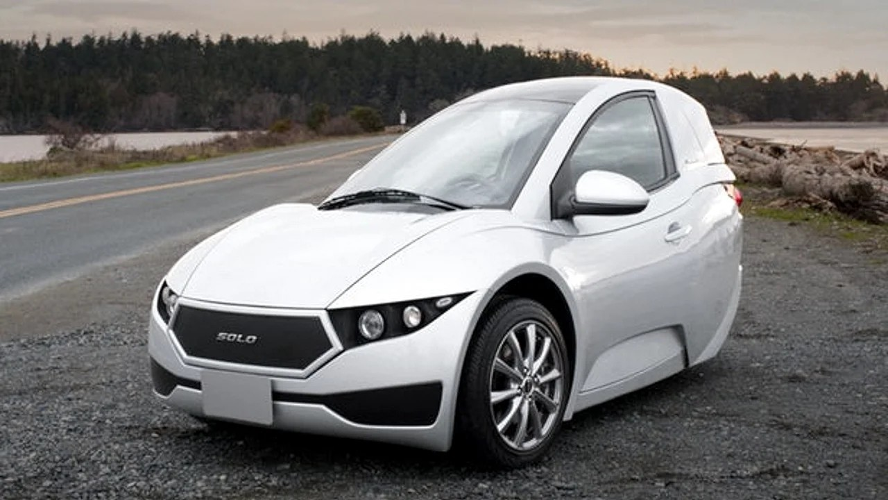 Трёхколёсный электромобиль Electra Meccanica Solo