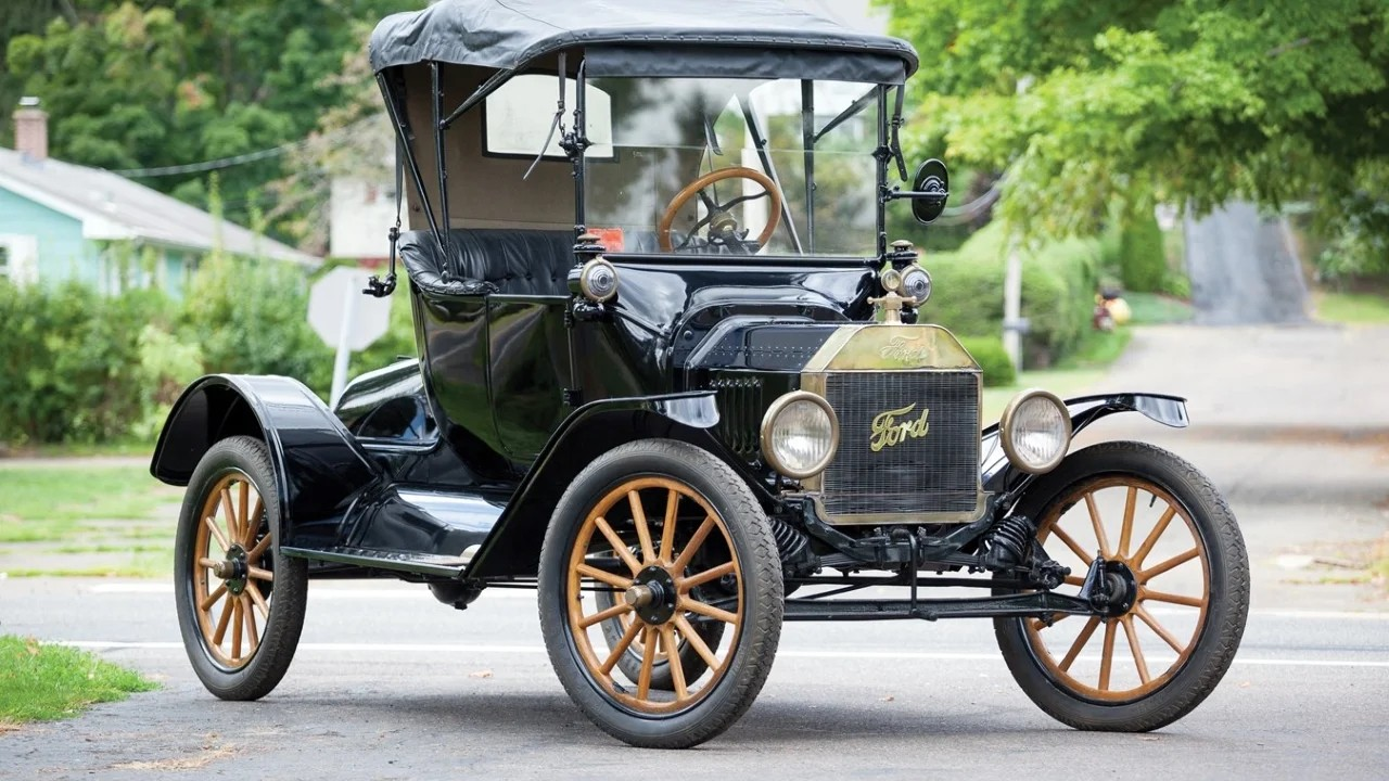 Ford Model T продано более 15 000 000