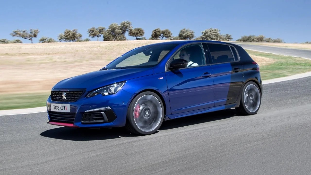 5 заслуживающих внимания автомобилей с маленьким объёмом двигателя