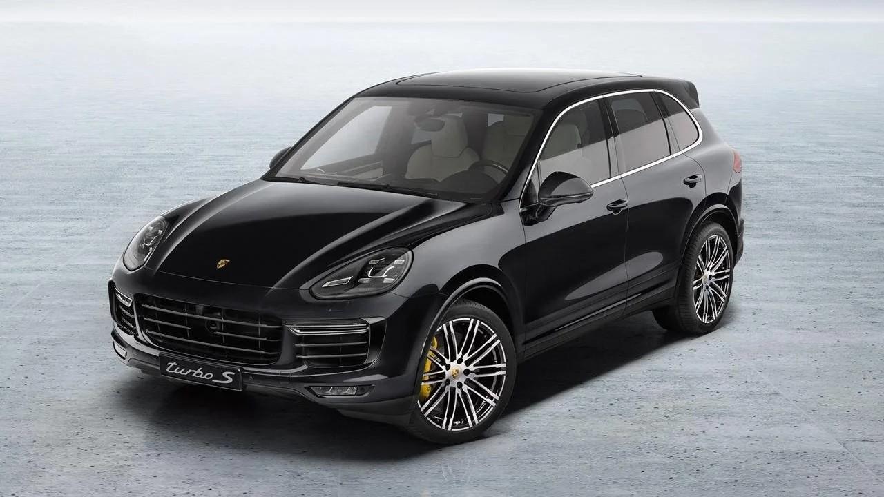 Мощный внедорожник Porsche Cayenne Turbo S