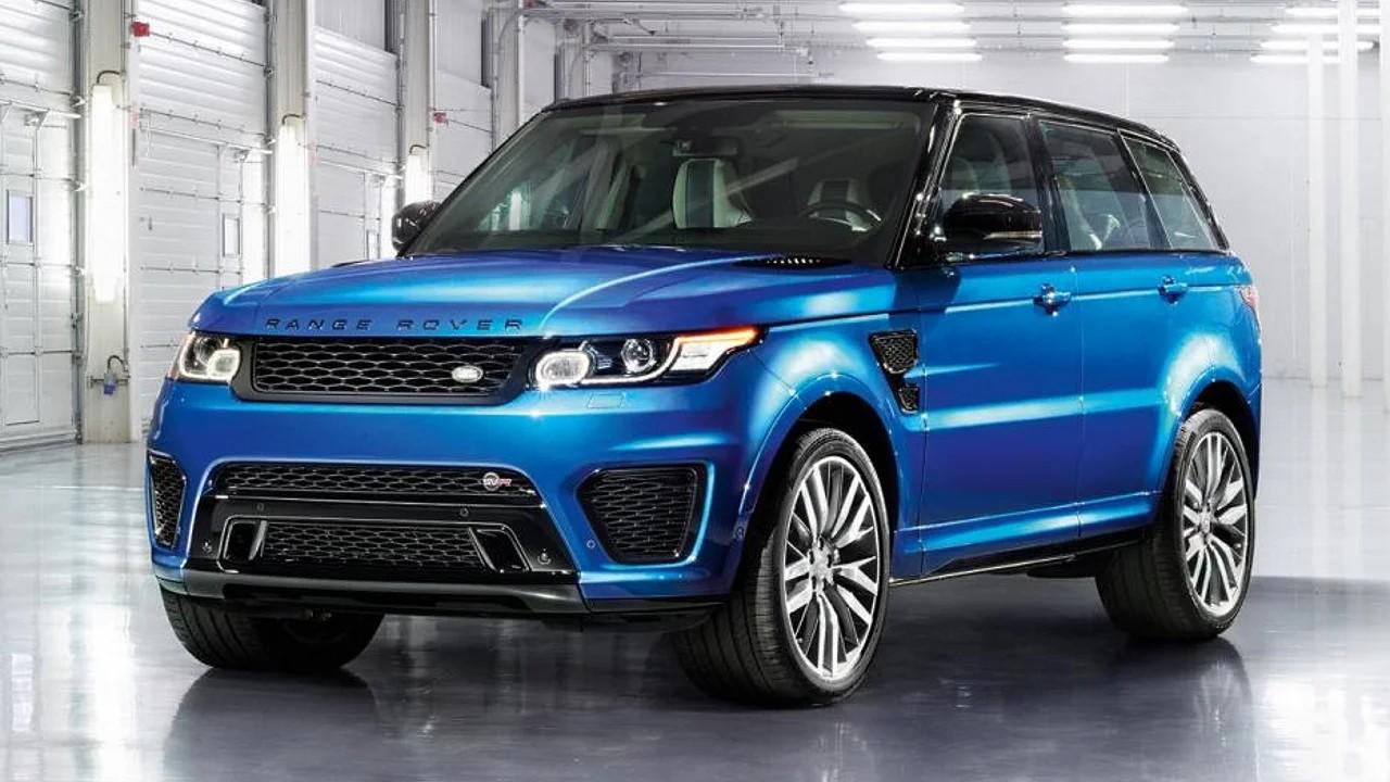 Мощный внедорожник Range Rover Sport SVR
