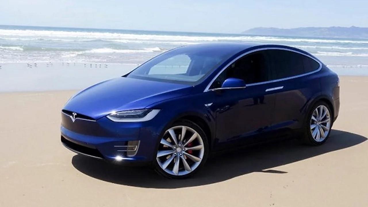 Электромобиль Tesla Model Y