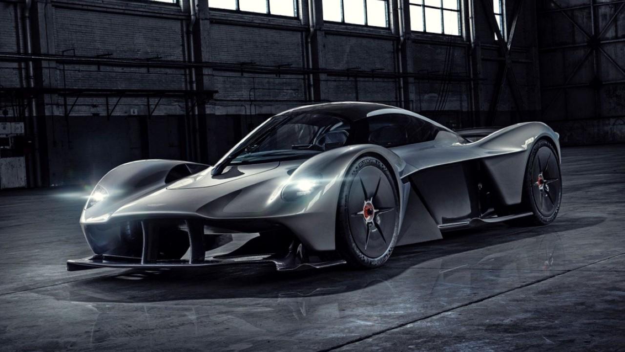 Гибридный автомобиль Aston Martin Valkyrie