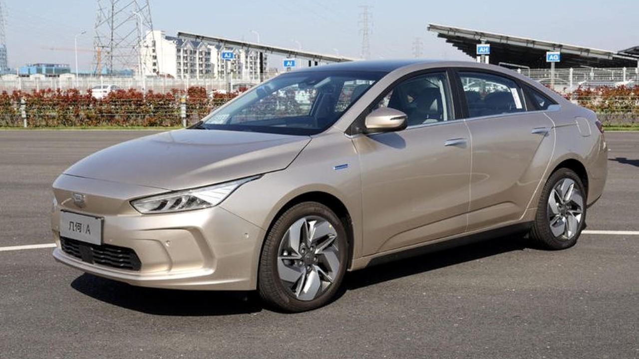 Китайский автомобиль Geely GE11