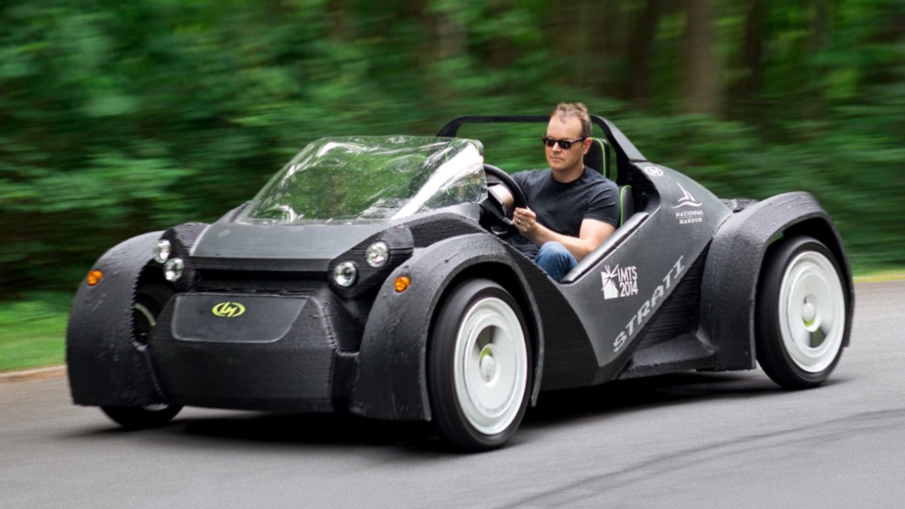 Напечатанный на 3D принтере автомобиль Strati