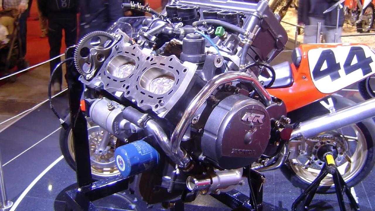 Двигатель Honda NR с овальными поршнями