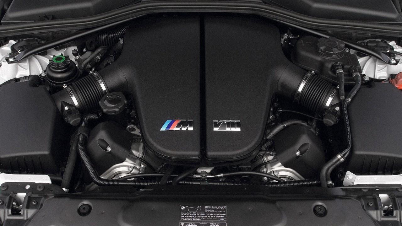 Двигатель БМВ S85B50