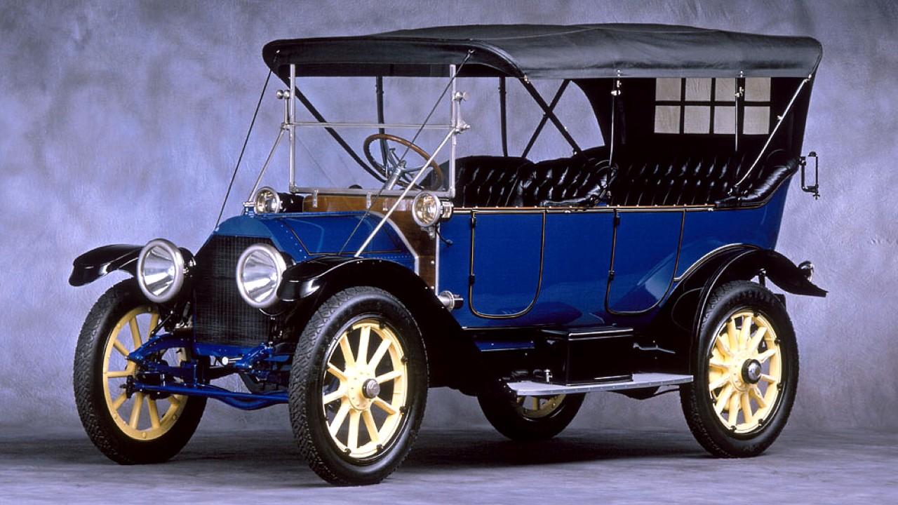 Первый в мире автомобиль с электрическим стартером Cadillac Model Thirty