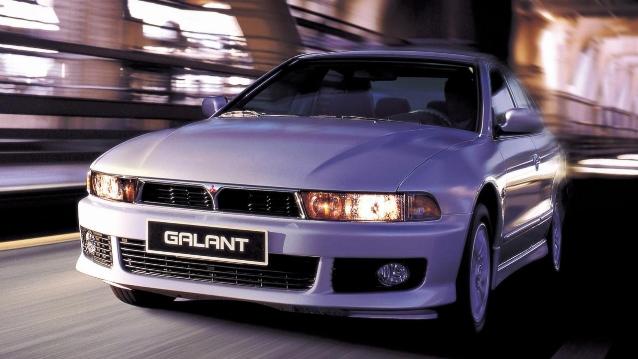 Первый в мире автомобиль оснащённый электронной системой непосредственного впрыска топлива Mitsubishi Galant