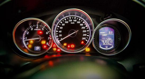 Что такое ACC, BSD, FCW и другие автомобильные аббревиатуры