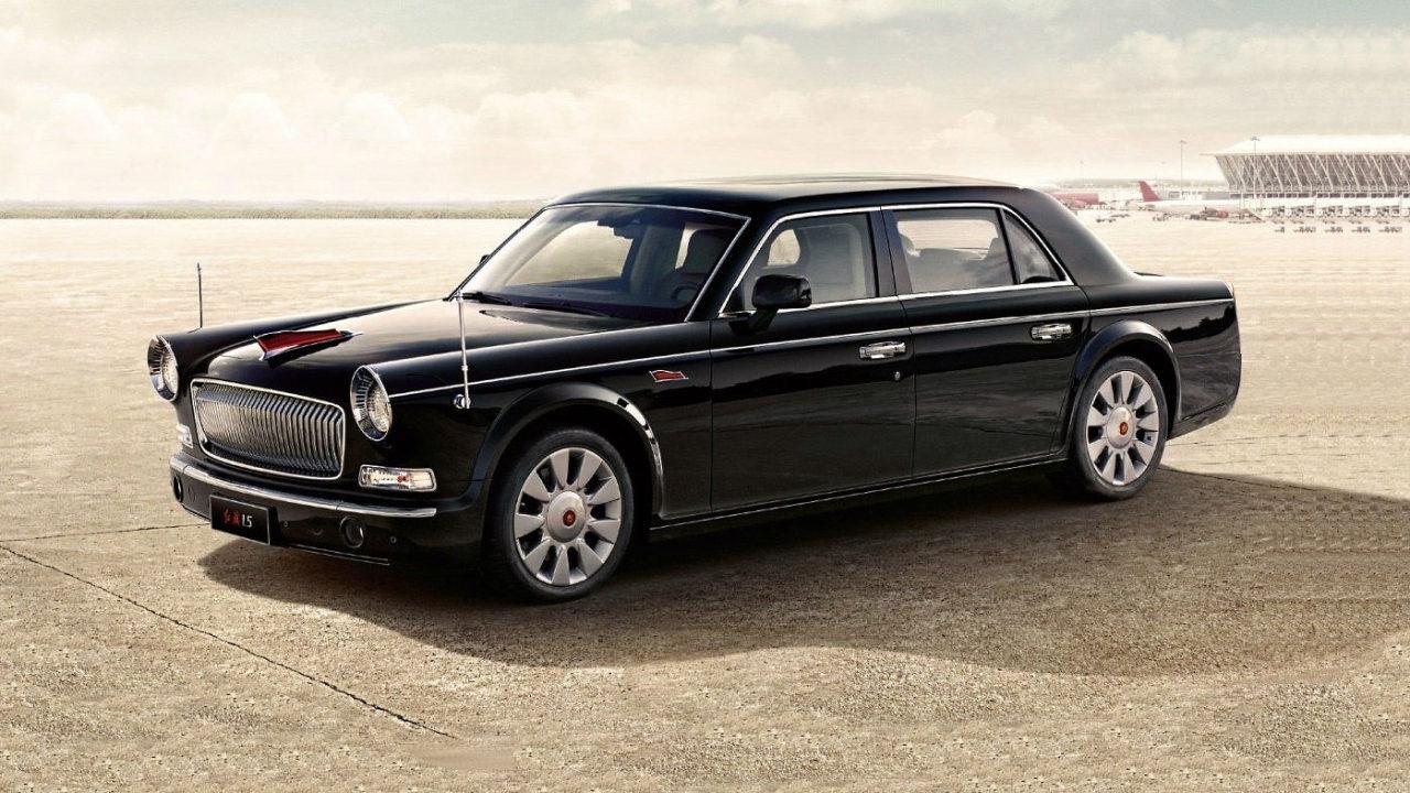 Китайский правительственный автомобиль