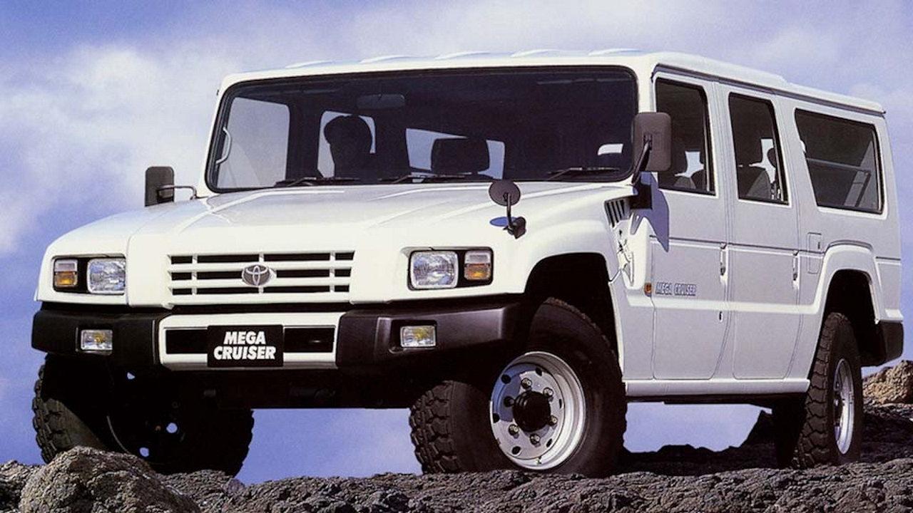 Редкий автомобиль Toyota Mega Cruiser