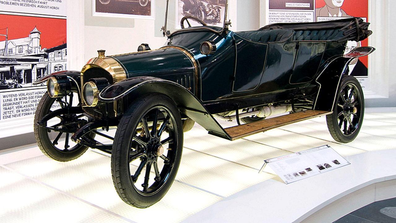 Первый автомобиль Audi