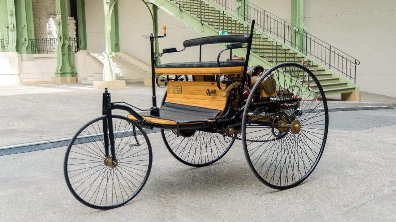 Первый автомобиль Mercedes-Benz