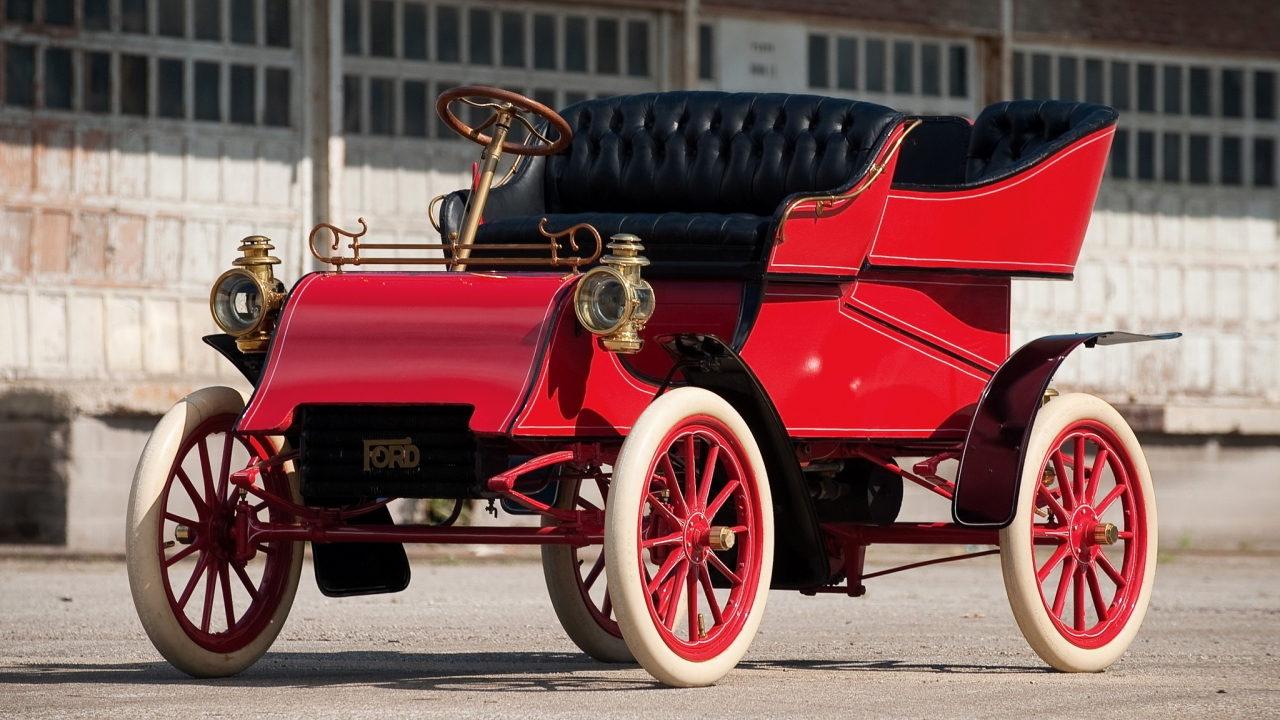Первый автомобиль Ford