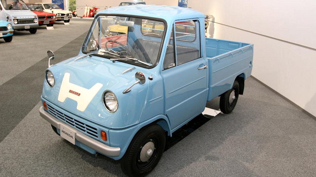 Первый автомобиль Honda