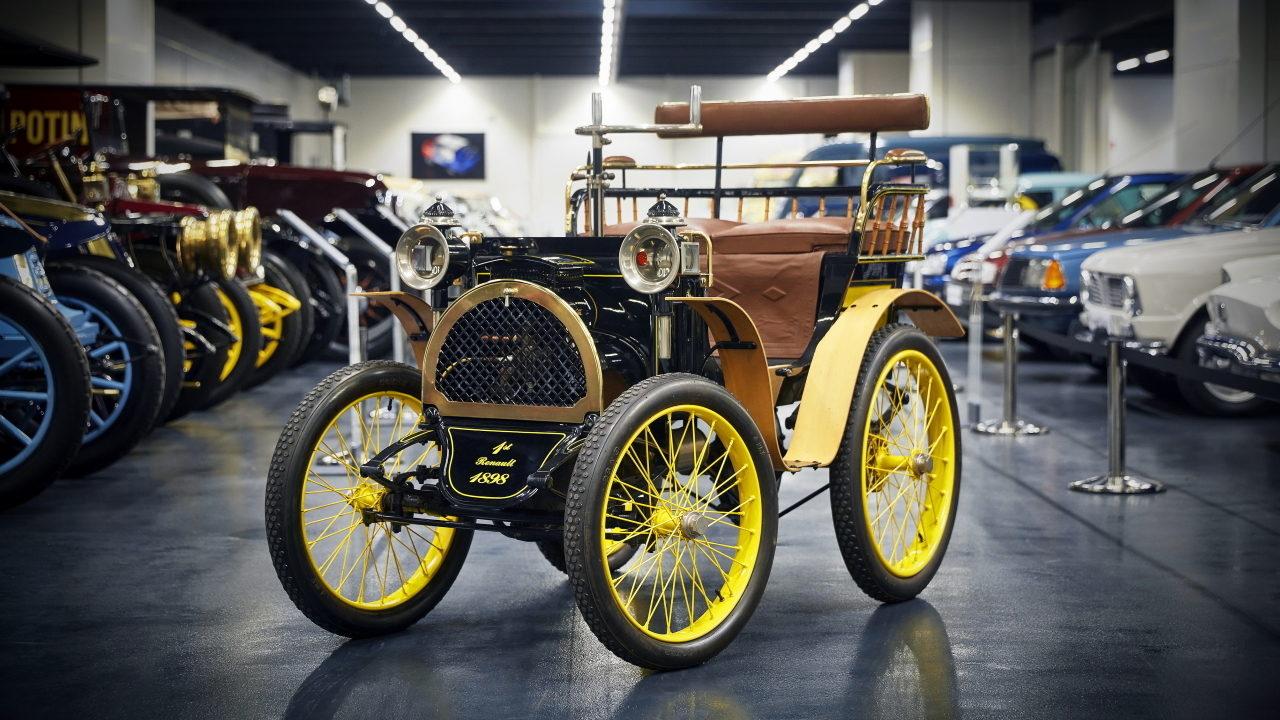 Первый автомобиль Renault
