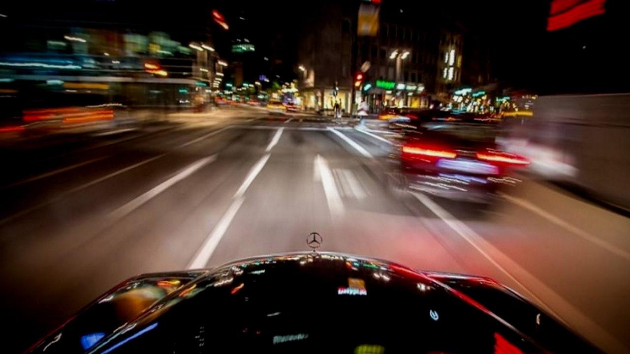 Способ избежать штрафов за превышение скорости в тёмное время суток