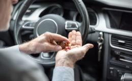 Лекарства, принимая которые не следует управлять автомобилем