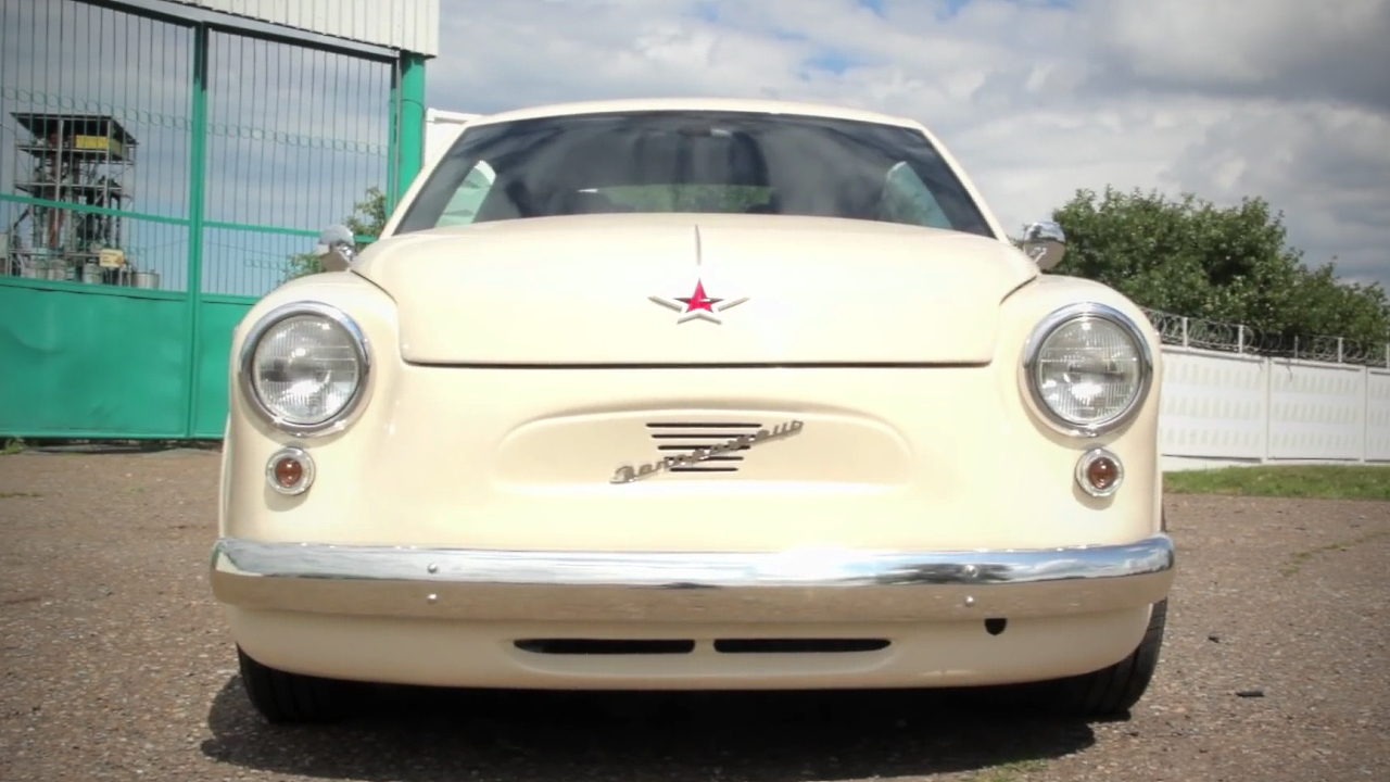 Volkswagen New Beetle стилизованный под ЗАЗ-965 «Запорожец»