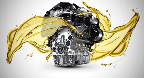 Стоит ли промывать двигатель во время замены масла
