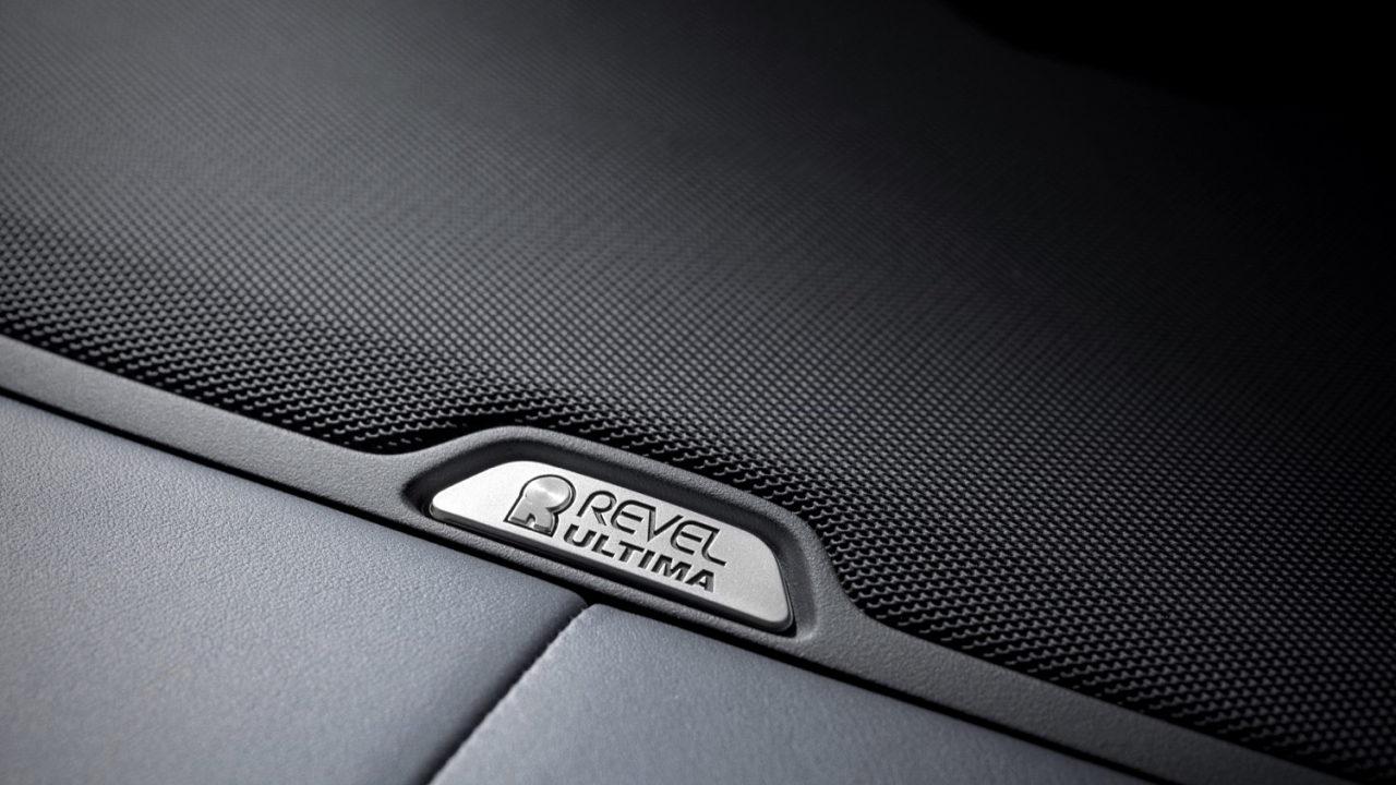 Автомобильная аудиосистема Revel