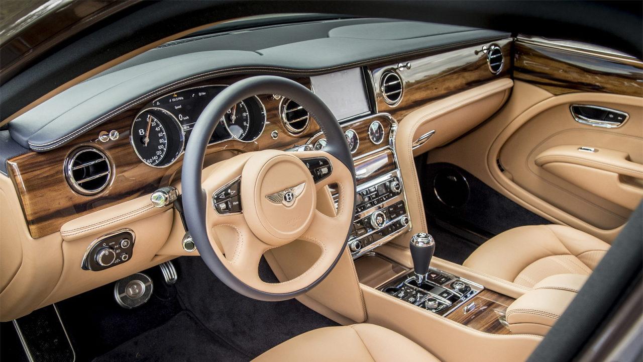 Салон автомобиля Bentley Mulsanne