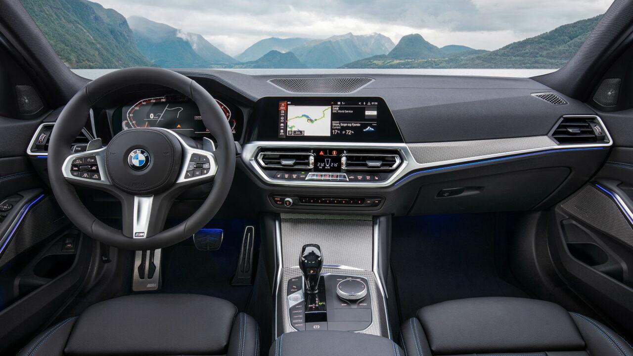 Интерьер BMW 3-Series (G20)
