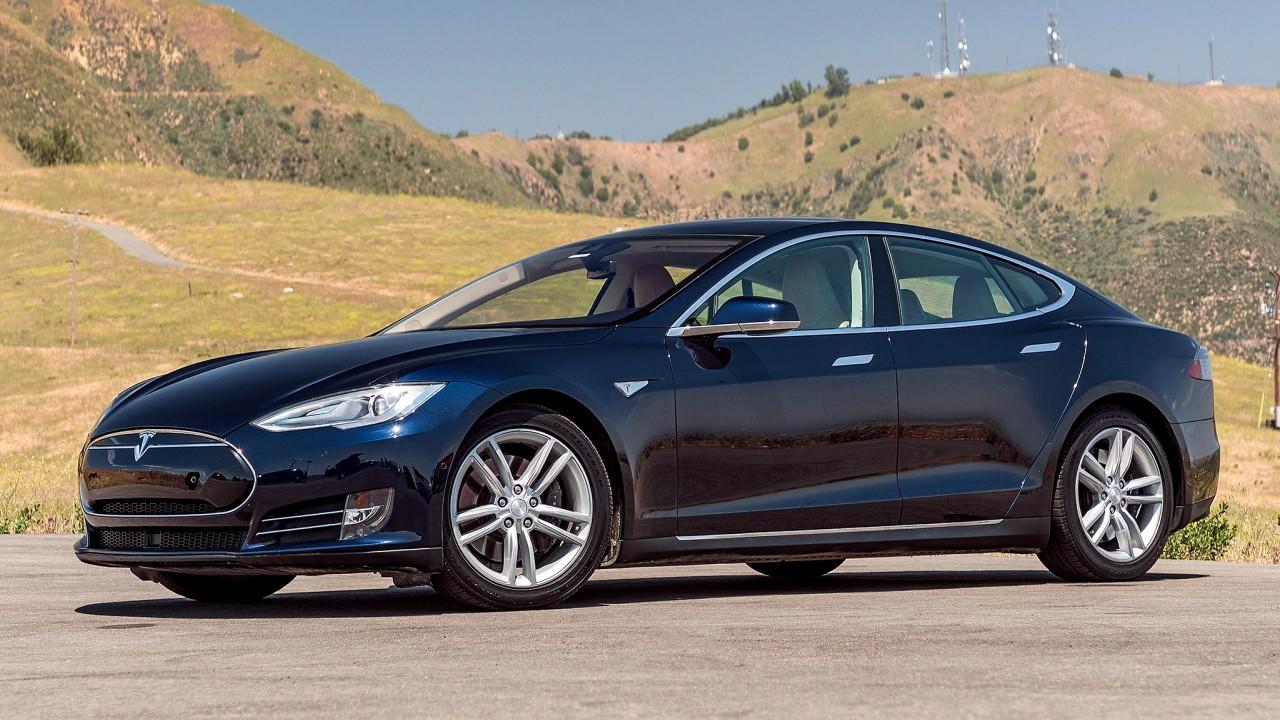 Алюминиевый автомобиль Tesla Model S