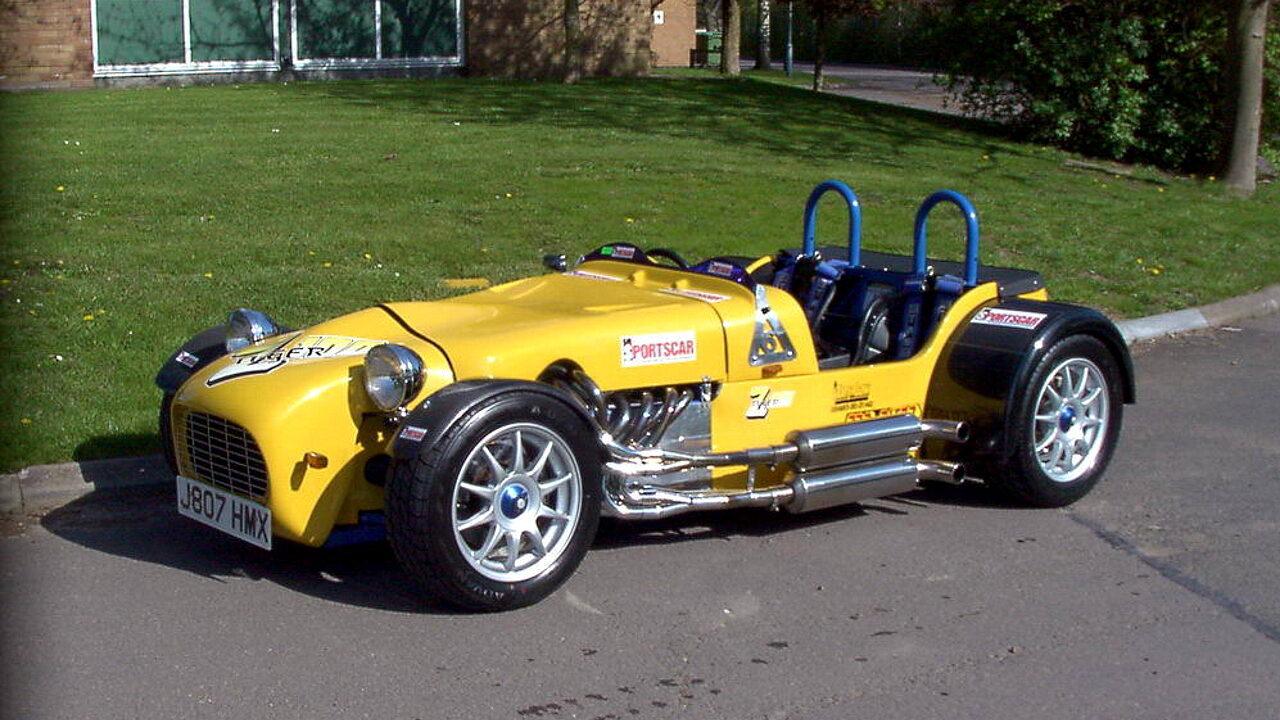 Caterham с двумя двигателями