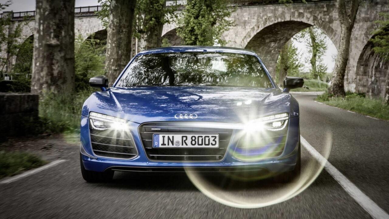 Audi R8 LMX - первый автомобиль с лазерными фарами