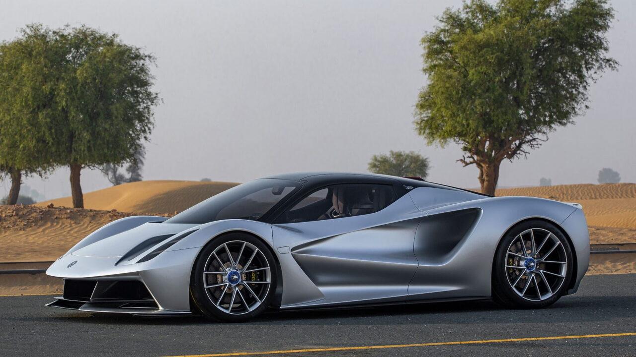 Самый мощный серийный легковой автомобиль