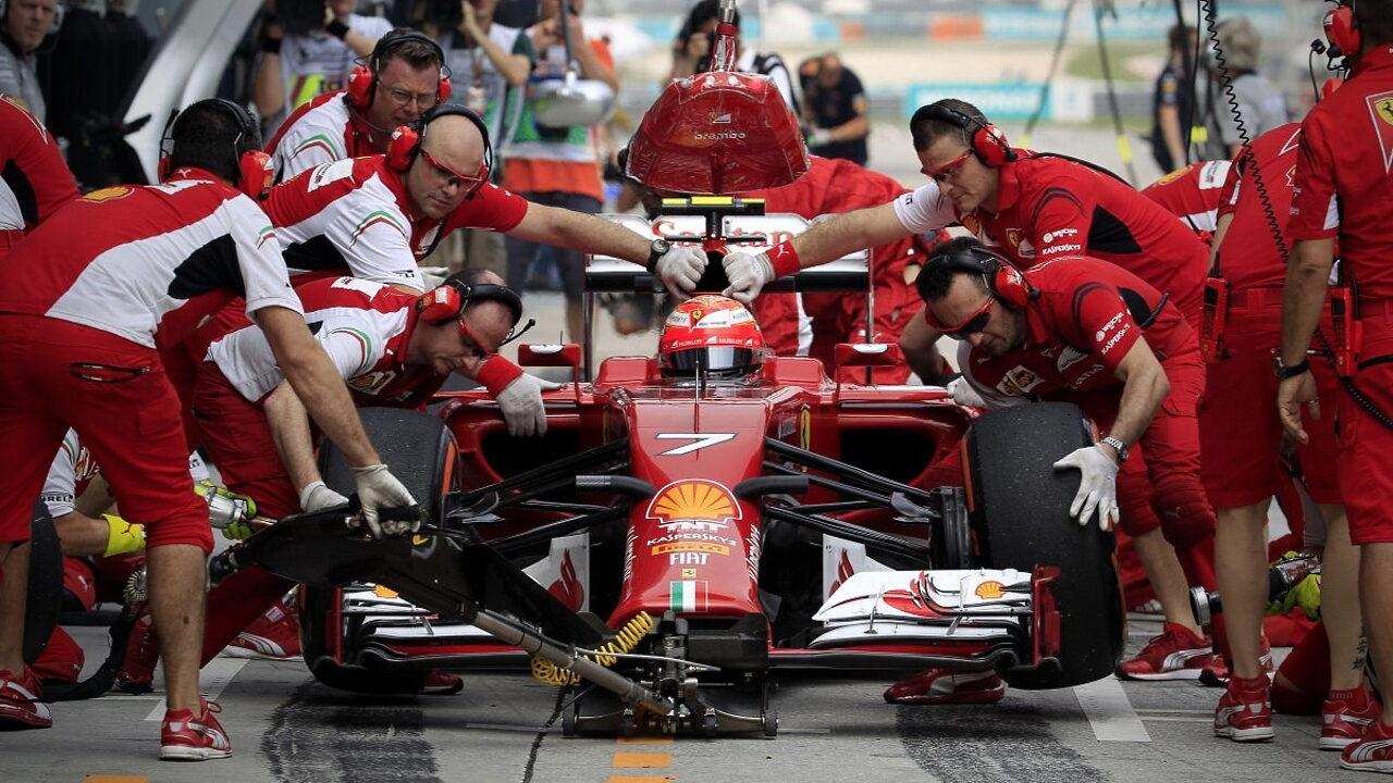 Пит-стоп в гонке Формула-1