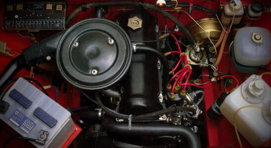 Что зашифровано в названиях двигателей ВАЗ