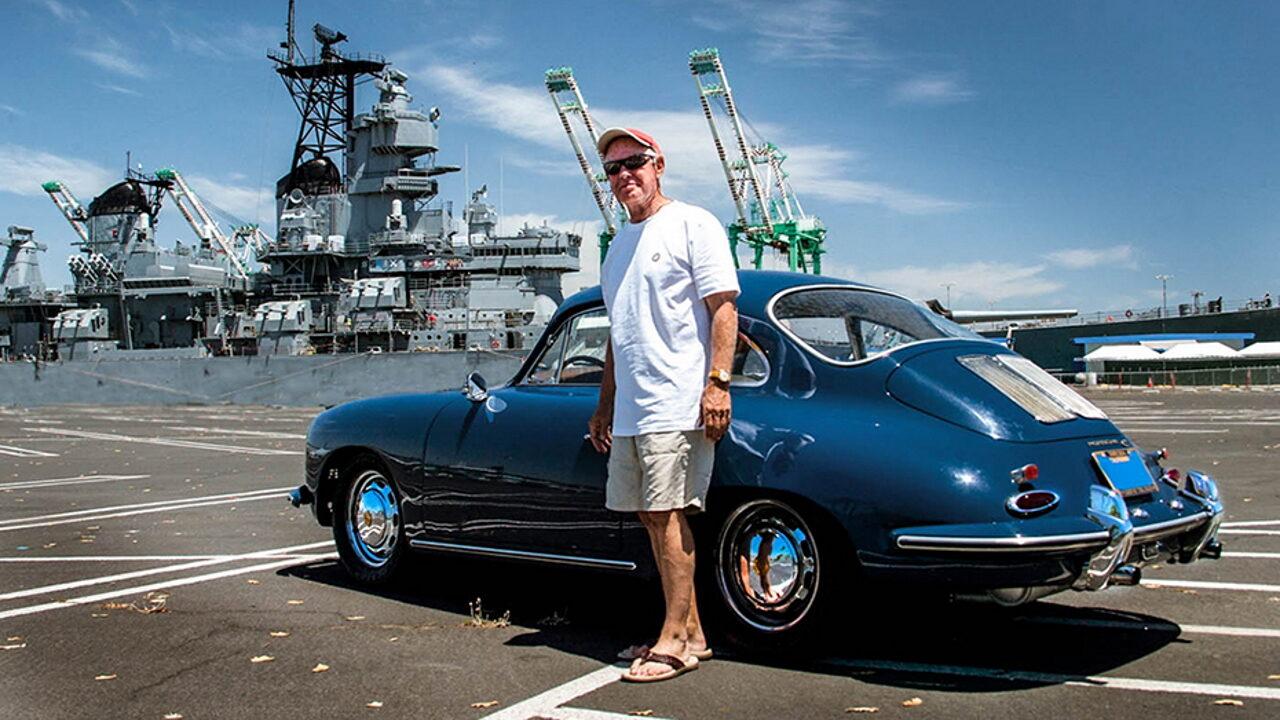 Гай Ньюмарк и его автомобиль Porsche 356 с пробегом 1,0 млн. км.