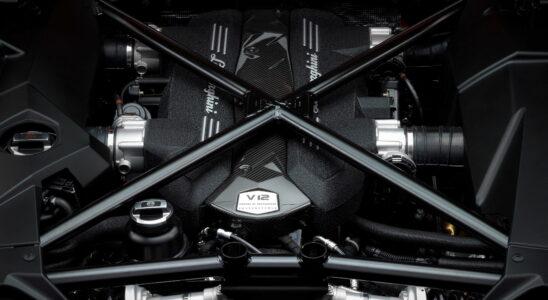 Для преемника Lamborghini Aventador разработают новый двигатель