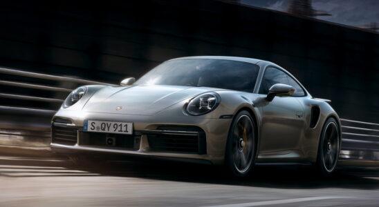 Porsche тестирует первый гибридный Porsche 911