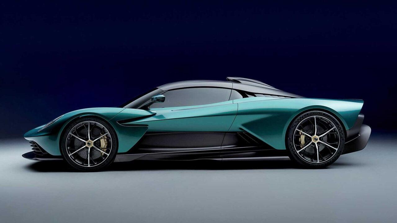 Бывший дизайнер McLaren указал недостатки Aston Martin Valhalla