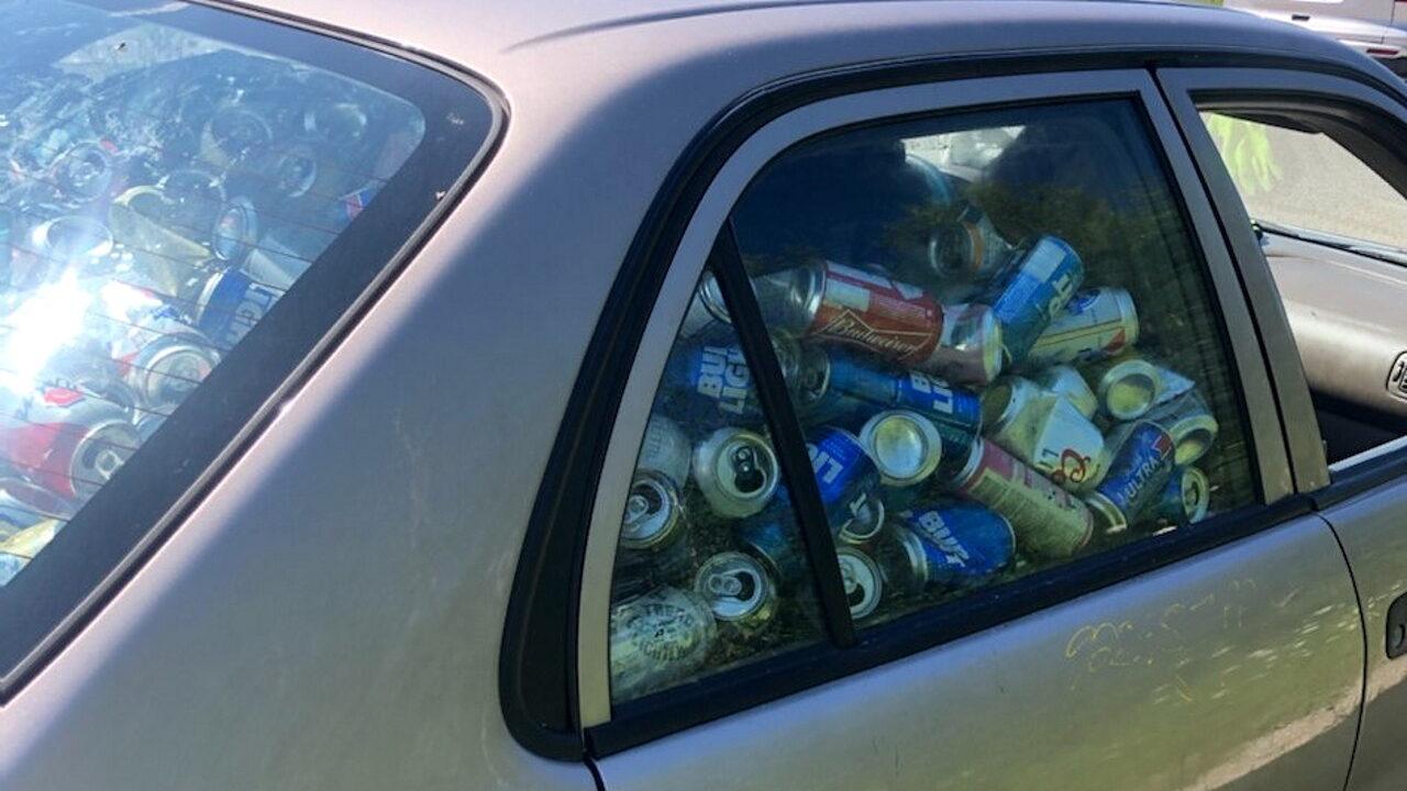 В Канаде мужчину оштрафовали за пивные банки в салоне его автомобиля