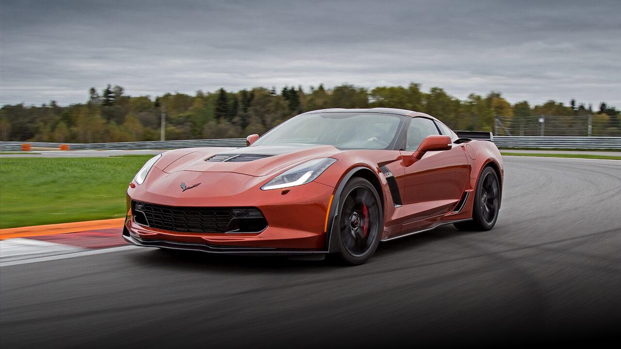 Tesla Model S Plaid и BMW M8 помешали Chevrolet Corvette Z06 установить новый мировой рекорд