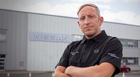 Рабочий британского завода Nissan стал героем