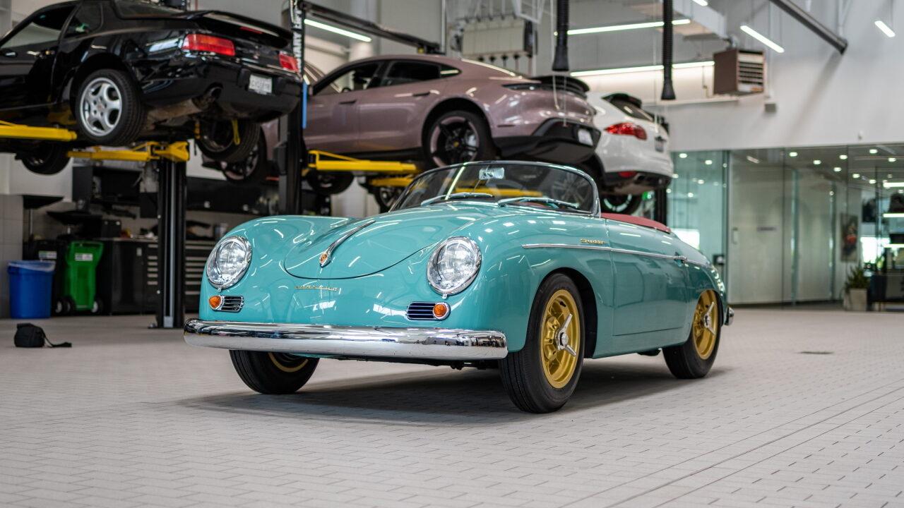 Американцы восстановили редкий Porsche 356 Speedster