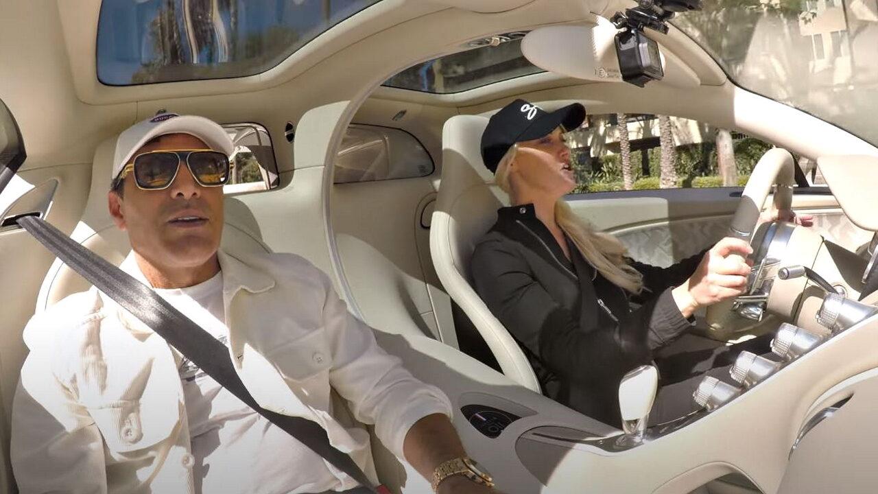 Знаменитая блондинка Алекс Хирши чуть не уничтожила Bugatti Chiron стоимостью ,5 млн.